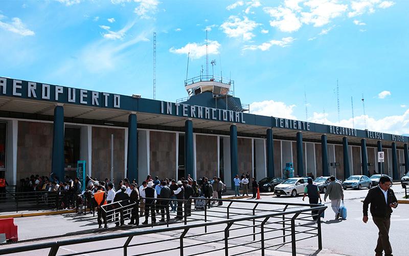 Aeropuerto Internacional Alejandro Velasco Astete en Cusco