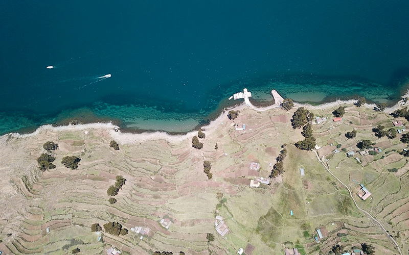 Fotografía Aérea con Drone de la Isla Taquile