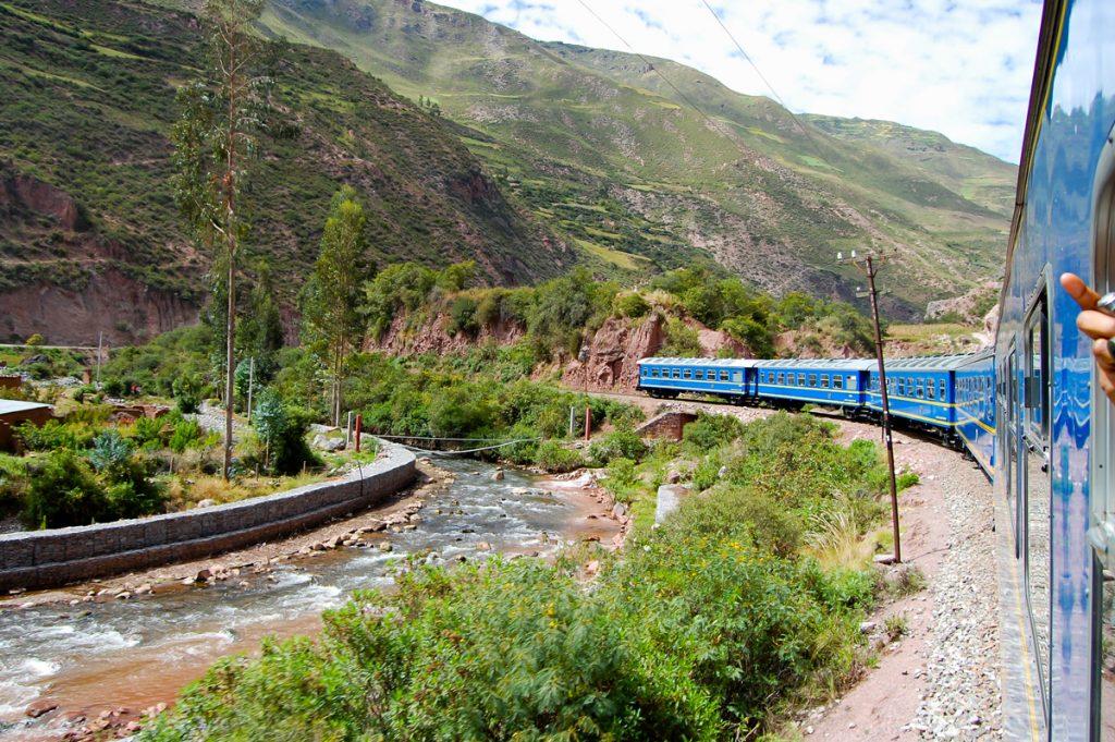 Tren de Cusco a Machu Picchu Perú Rail